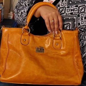 Coach Bags - Vintage leather Coach Purse